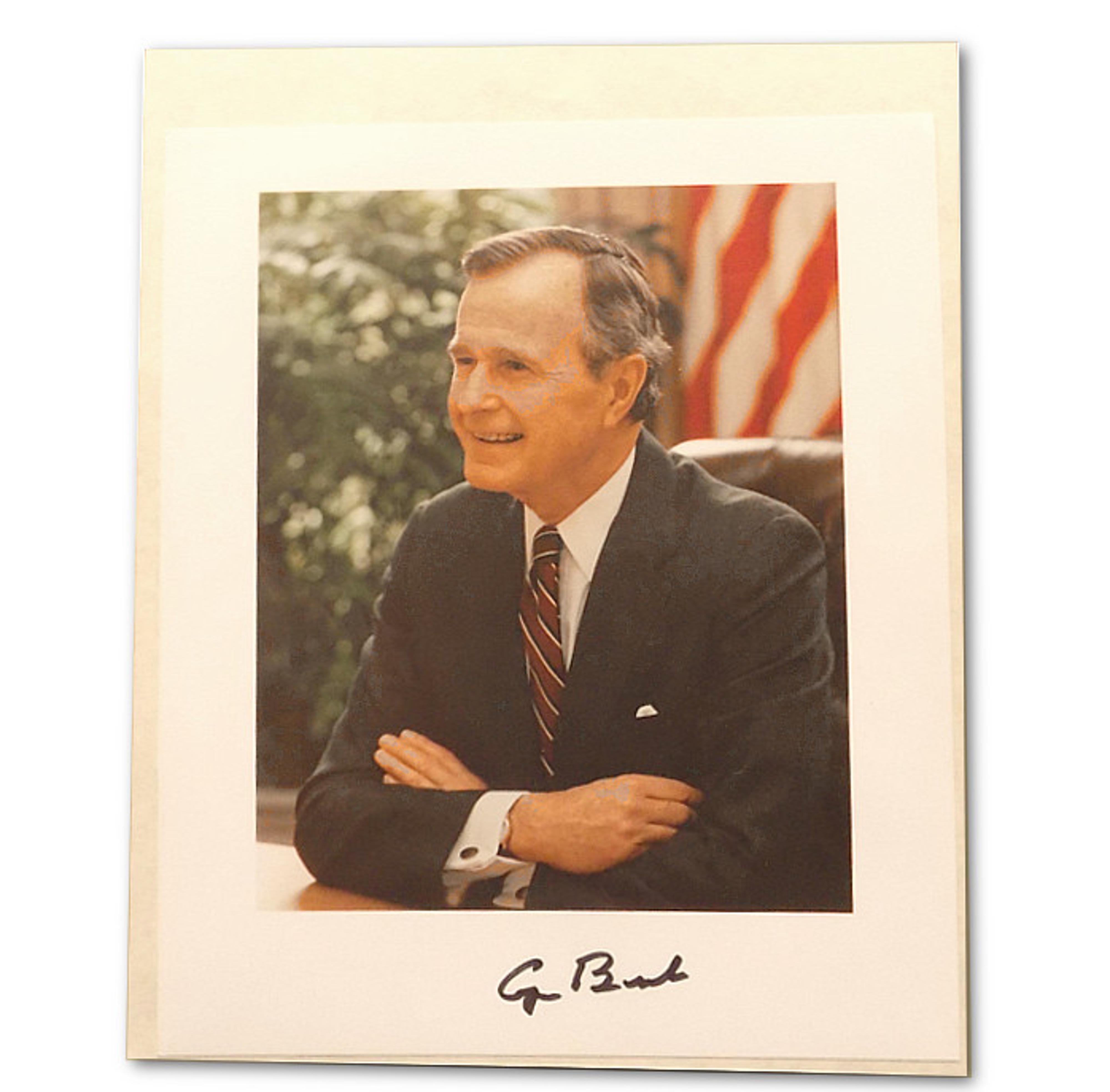 Souvenir Selections : the George Bush Museum Store